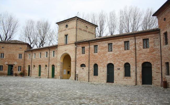 VillaTorlonia02