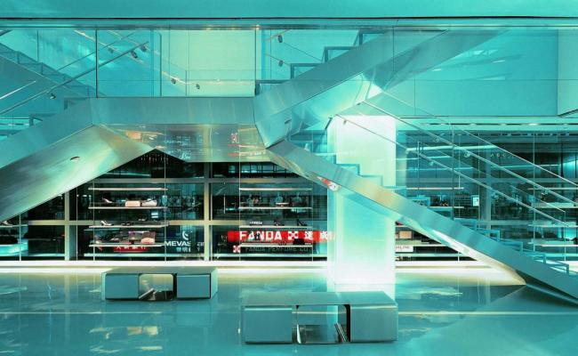 ARMANI HONG KONG 02