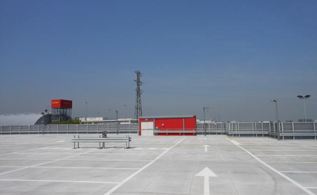 Ferrari Park 06