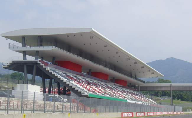 TRIBUNE MUGELLO 03