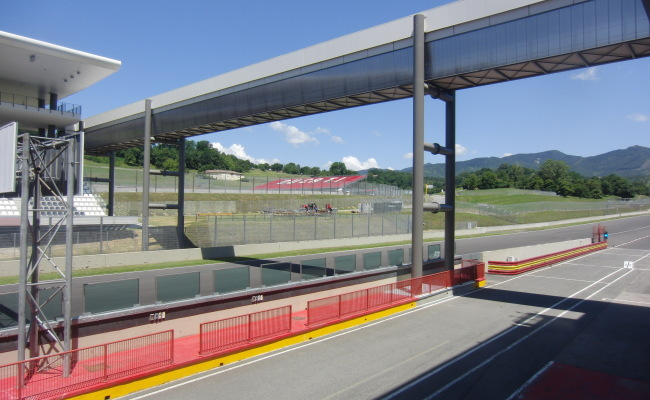 TRIBUNE MUGELLO 05