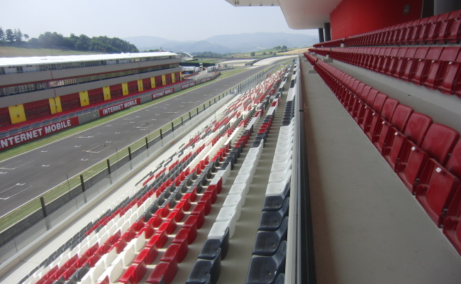 TRIBUNE MUGELLO 07