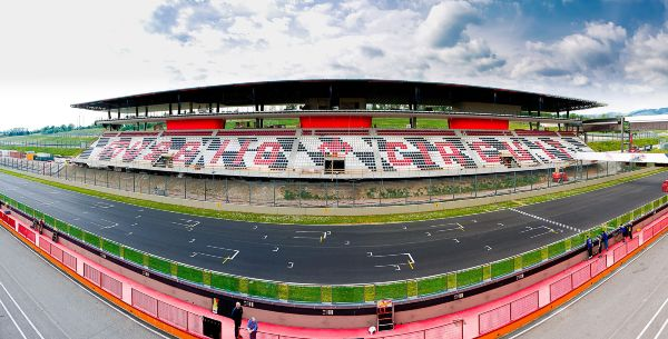 TRIBUNE MUGELLO 13