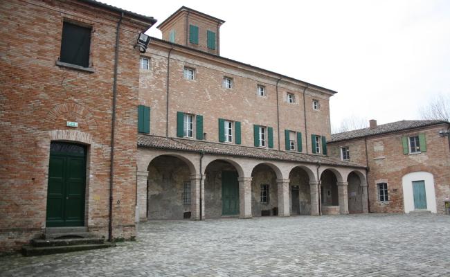 VillaTorlonia03